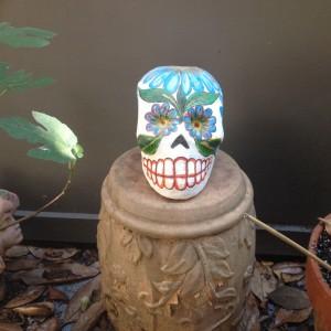 Dia de los Muertos Sculpture by Jesus Pastor